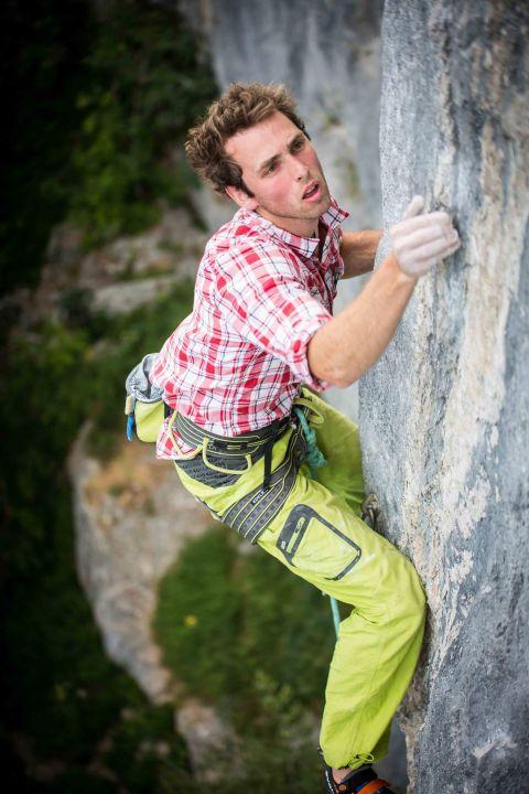 robbie_climb-480x720